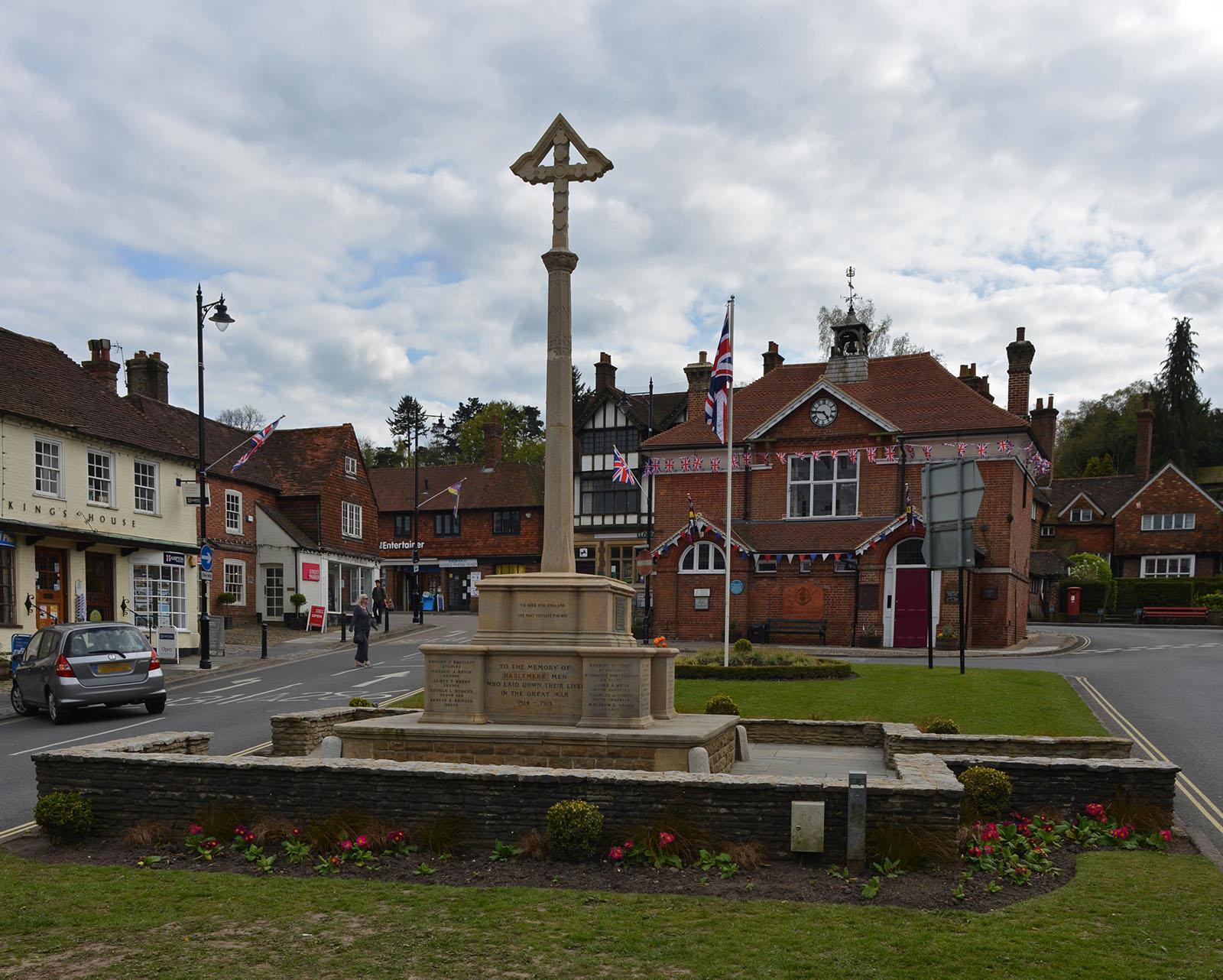 Haslemere town hall and war memorial.
