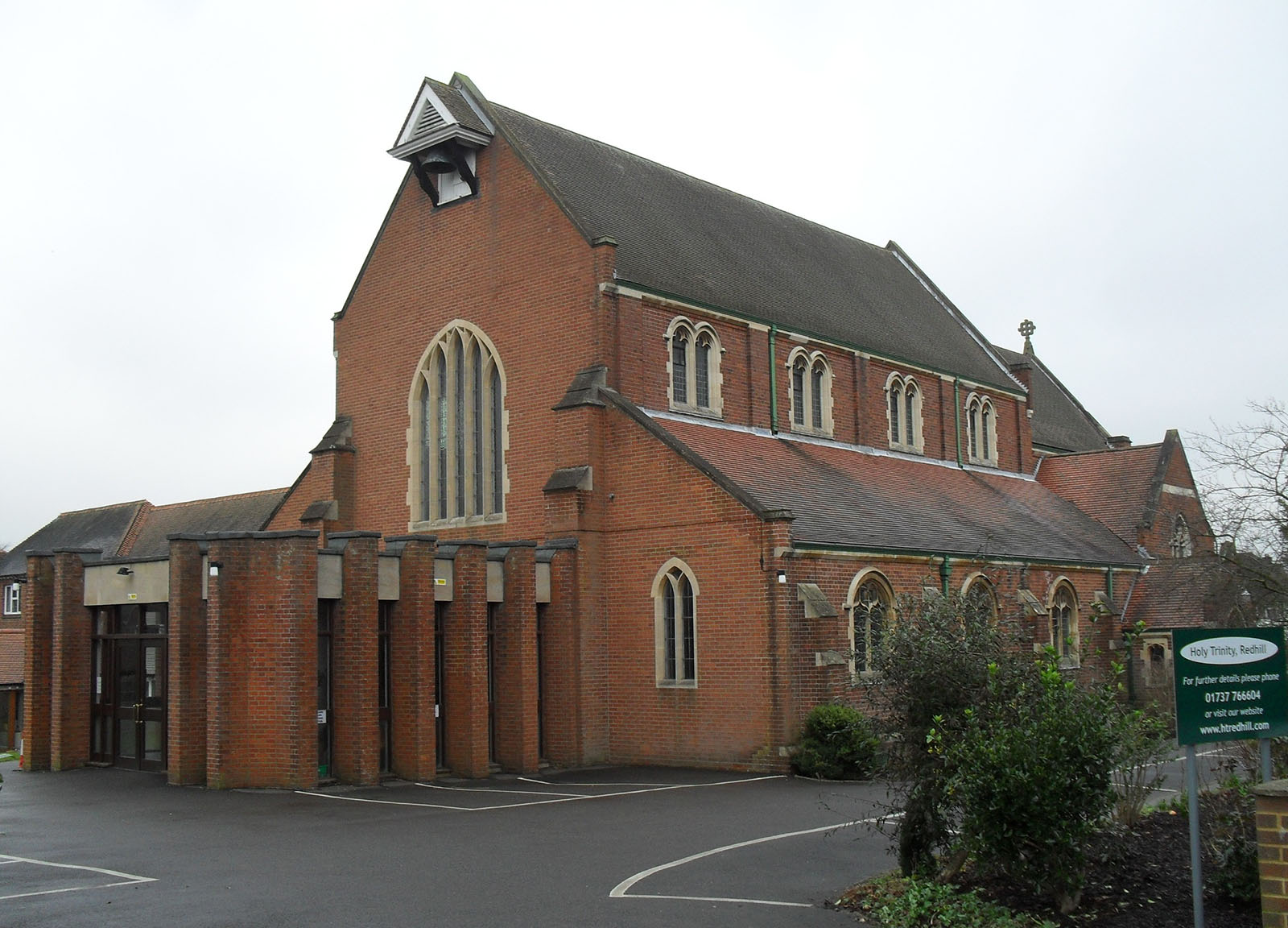 Holy Trinity Church, London Road, Redhill.