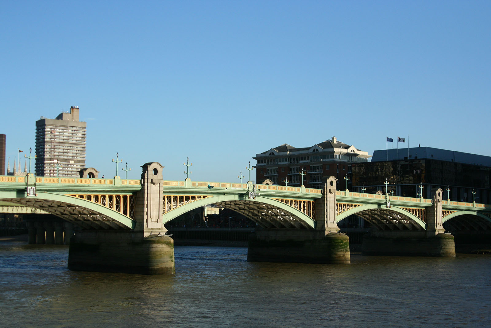 Southwark Bridge, London.
