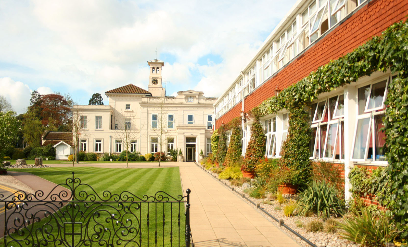 The entrance to St. George's College Weybridge.